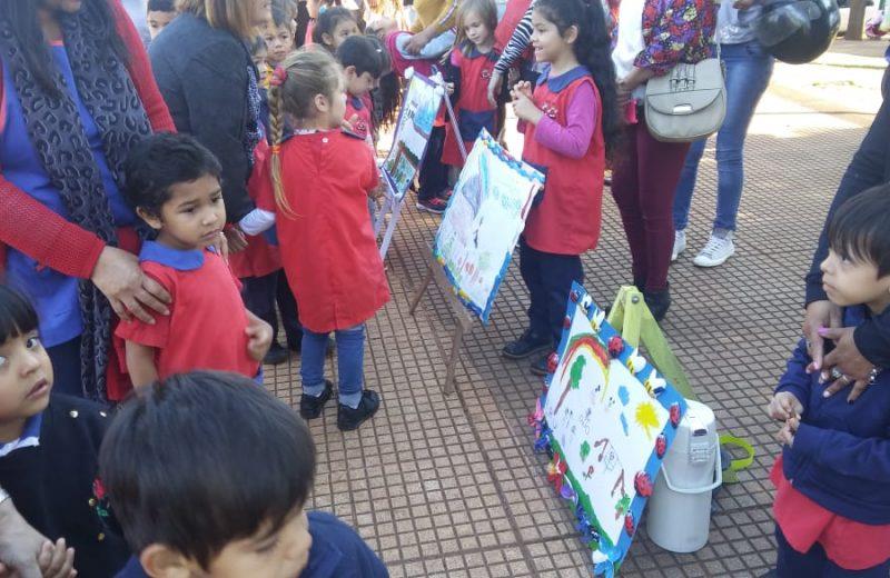 Los más pequeños homenajearon a Iguazú por su aniversario