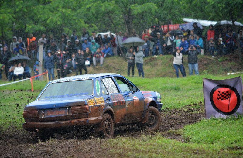 Pese al clima concluyo una nueva fecha del rally de Campo Viera