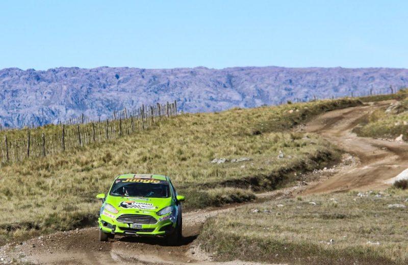 Misión cumplida para Zarza-Espínola, terminó quinto en la Clase R5 Nacional del Rally de Argentina