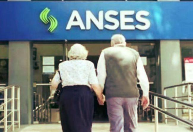 Aumentan las jubilaciones, pensiones y asignaciones en junio