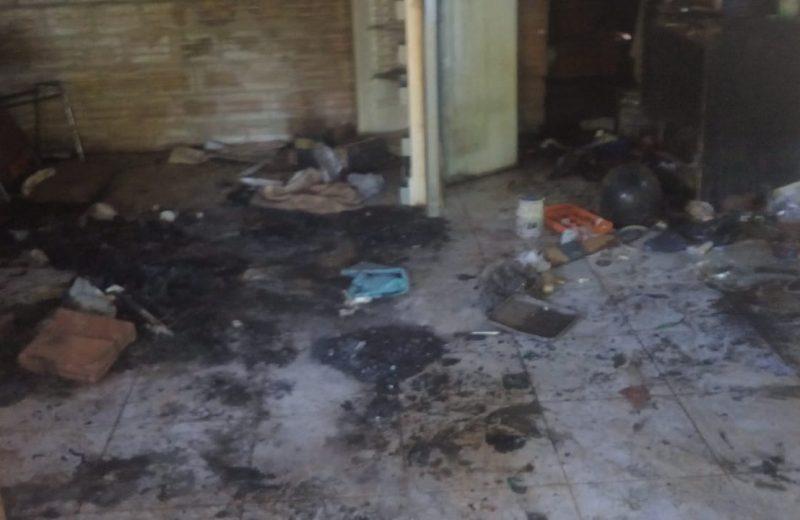 Incendio consumió la vivienda del agresor de los niños macheteados
