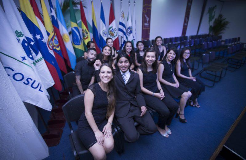 UNILA ofrece cupos gratuitos en universidad bilingue y multicultural