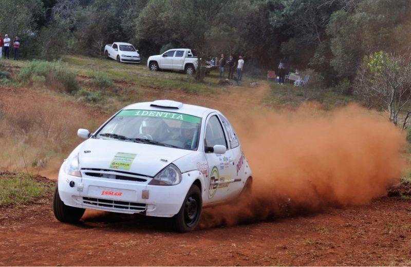 El Rally recorrrio los caminos vecinales Concepción de la Sierra