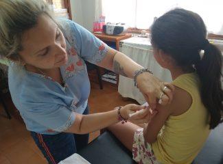 Poca concurrencia de los ciudadanos a vacunarse a los CAPS