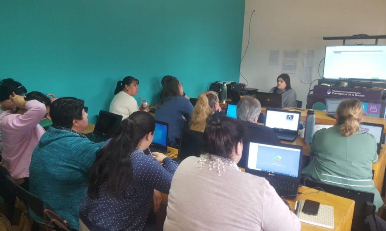 Iguazú: agentes de salud finalizaron capacitación en Ofimática