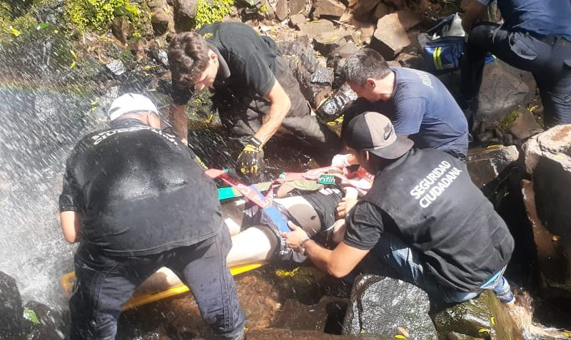 Tras varios días de agonía falleció el joven rescatado en el salto Mariposa