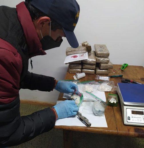 Secuestraron marihuana y cocaína abandonada a orillas del río Paraná