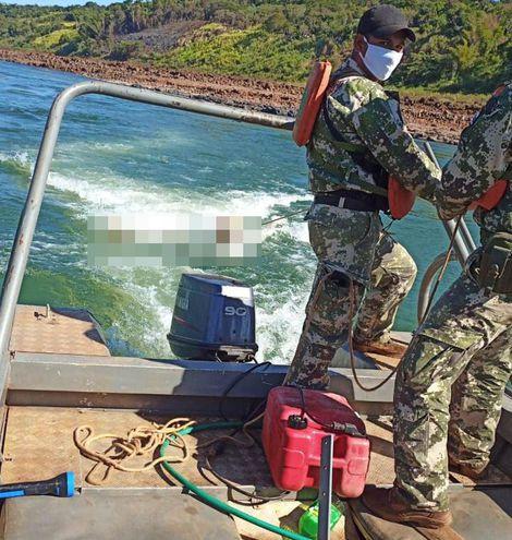 Marineros de la Armada de Paraguay encontraron al segundo desaparecido en el rio Paraná