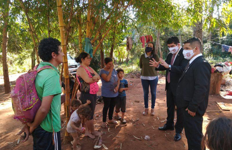 El consulado Paraguayo asistirá a dos familias que viven en extrema pobreza en Iguazú