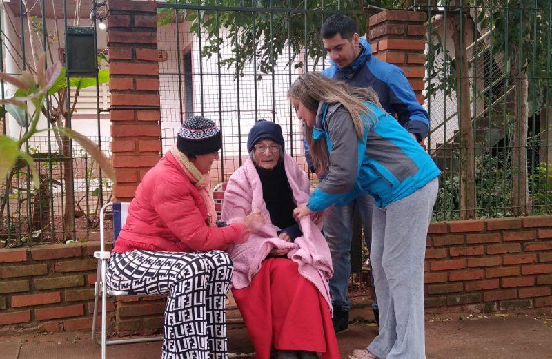 La abuela Dora llegó a Iguazú y espera que la justicia le devuelva la casa