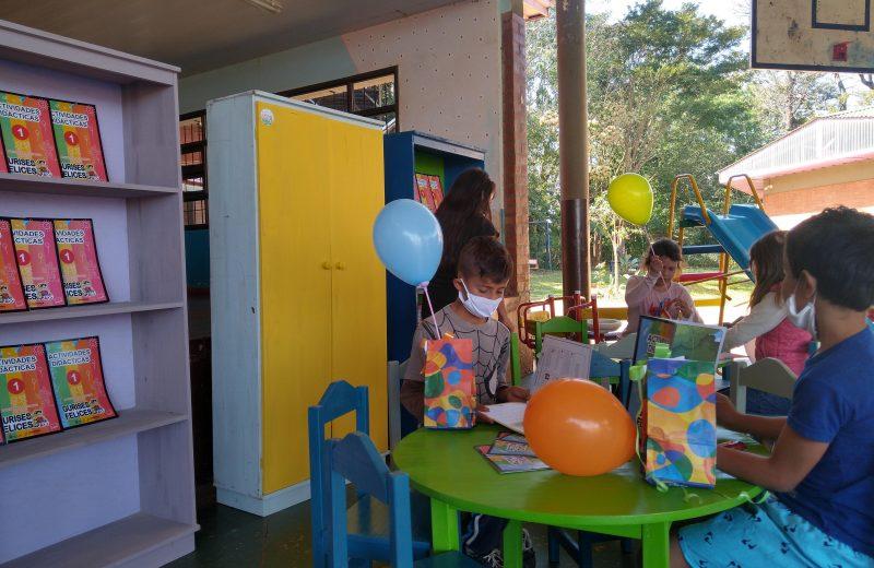 El hogar de Día de Iguazú recibió útiles escolares y mobiliario de parte del Iplyc