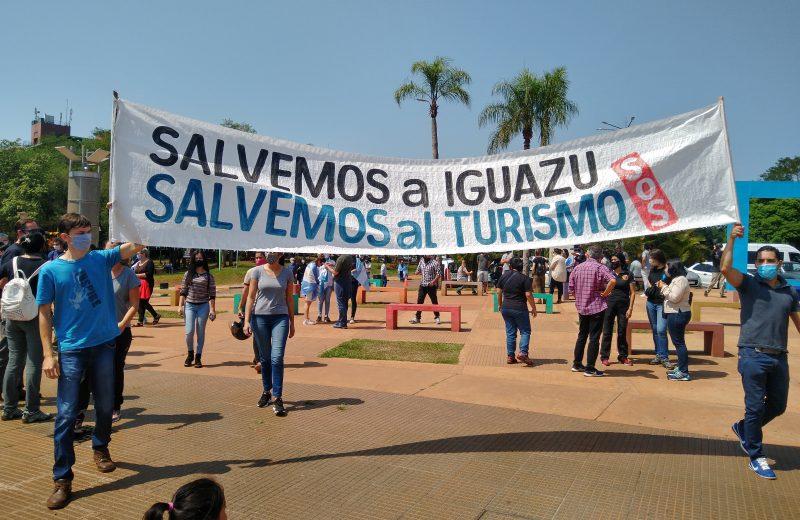 Exigen la reglamentación de la Ley asistencia al turismo y la activación del sector