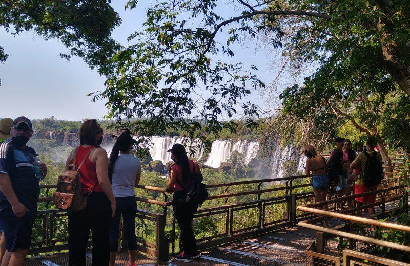Cataratas: En el transcurso del mes habilitarían el ingreso de turistas de países limítrofes