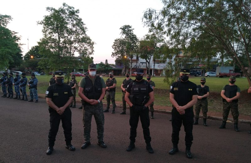 Al menos 120 efectivos de las fuerzas llevan adelante el mega operativo en Iguazú