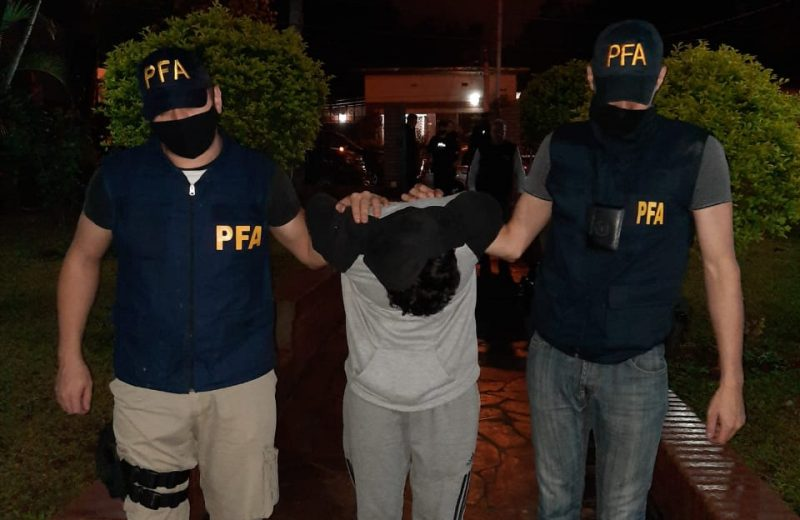 Tras un allanamiento secuestraron un arma de fuego, un plantin de marihuana y detuvieron a un hombre