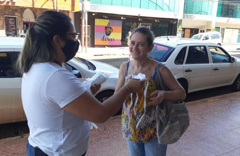 La mayoría de los Iguazuenses salen de sus casas con los barbijos pero no lo usan