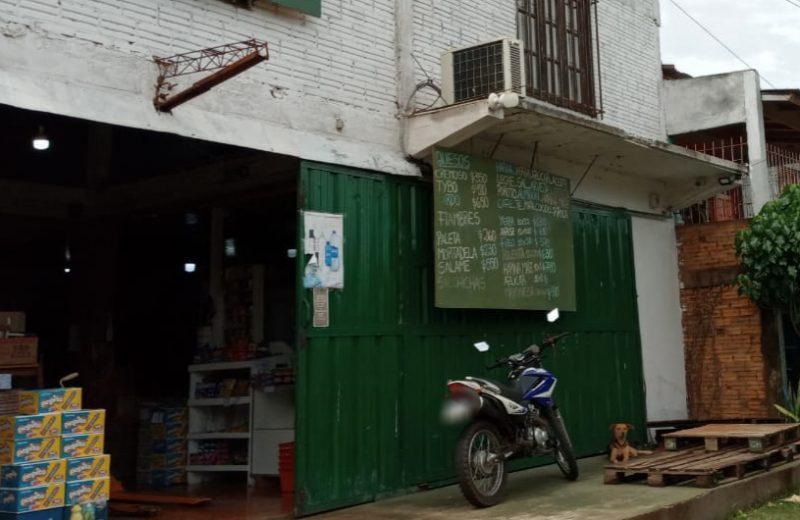 Lo buscaban por robo a un comercio, pero ya estaba detenido por el hurto de una moto