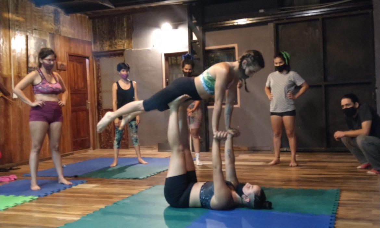 Acroyoga el arte que fusiona la actividad física con el alma