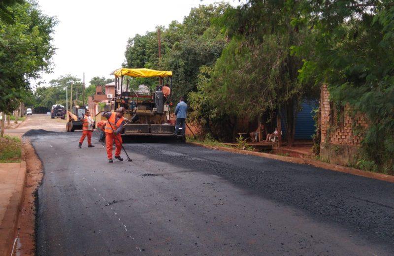El gobernador recorrerá las obras que ejecuta la provincia en Iguazú y entregará maquinaria al municipio