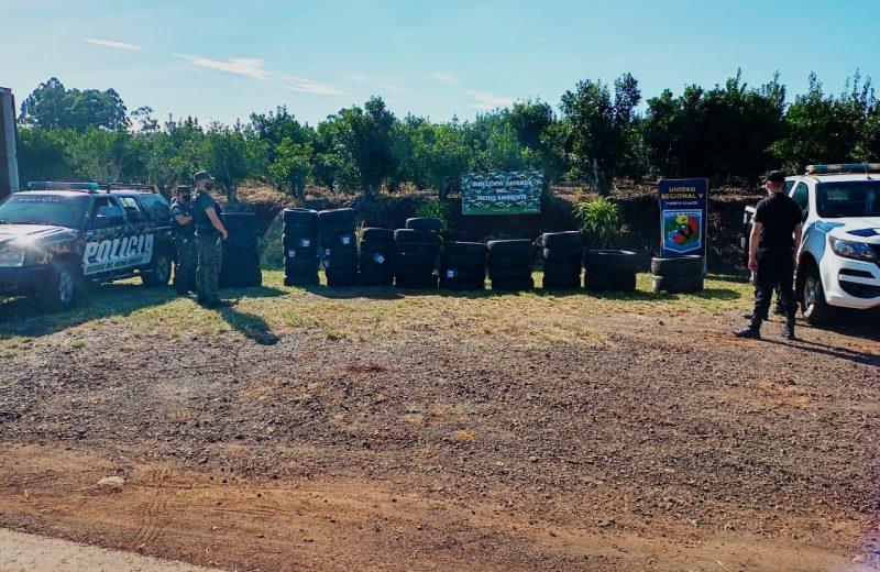 Policías incautaron mercaderías de contrabando en Andresito