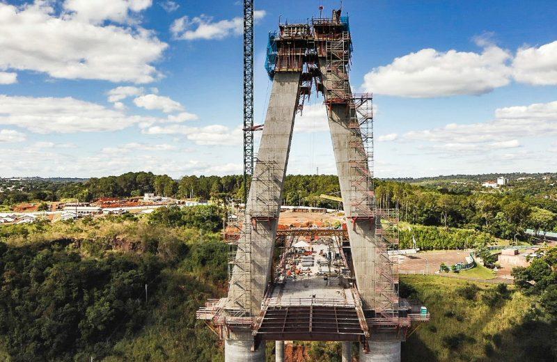 Avanza tal como estaba prevista la obra del puente de la integración