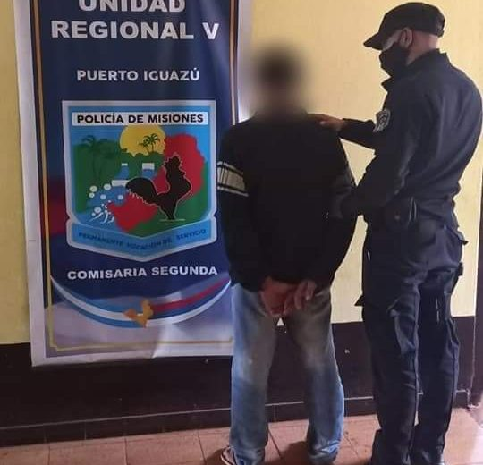 Capturaron a presunto motochorro que golpeó a una joven para robarle el celular