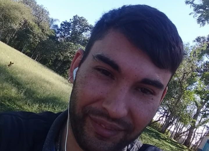 Buscan a Ezequiel Müller de 33 años
