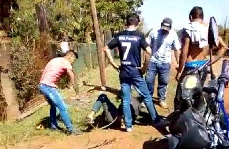 #Viral circula en las redes el video de una brutal golpiza en la zona de los zombies