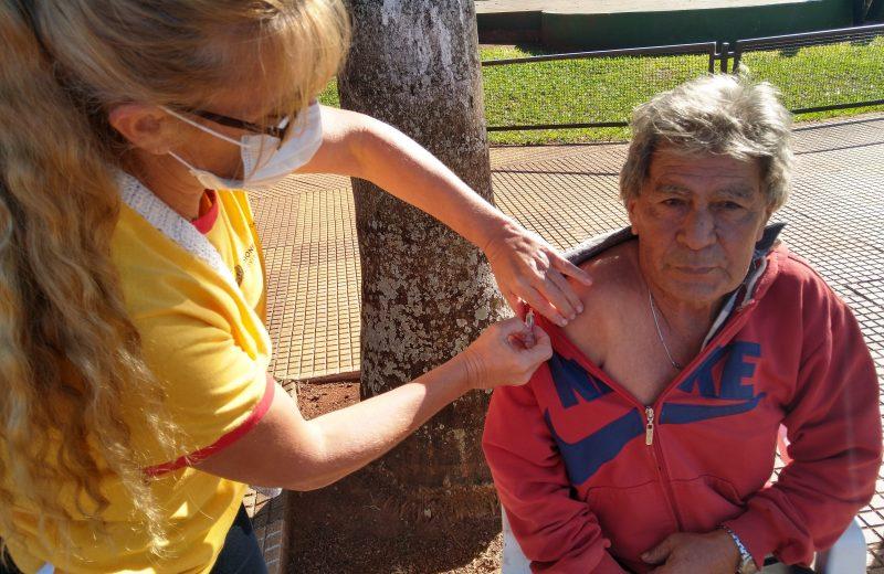 Las vacunas antigripales se aplican en los CAPS y son gratuitas