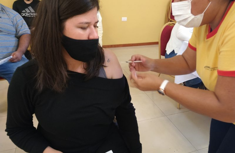 Suman centros vacunación anti covid 19 en Iguazú