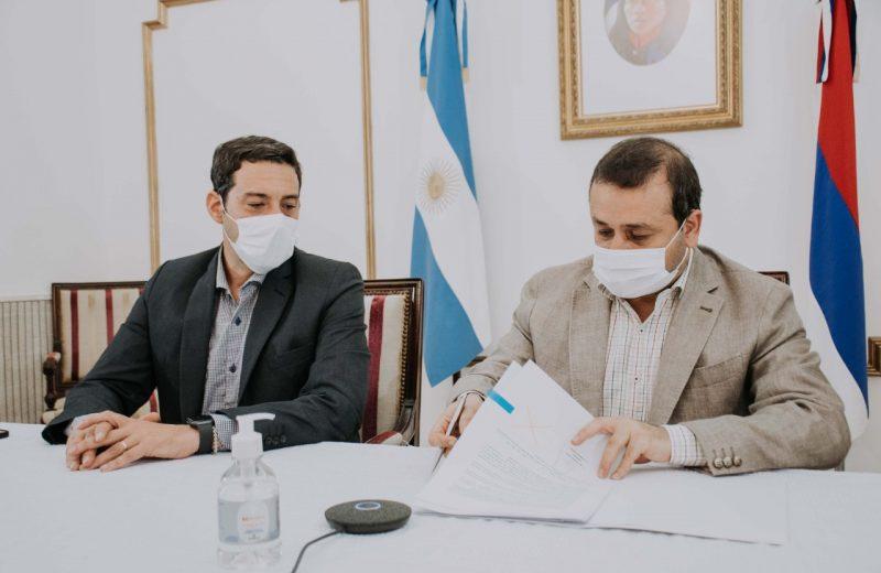 Firmaron convenio para fortalecer la Seguridad Fronteriza entre Iguazú y puerto Tres Fronteras