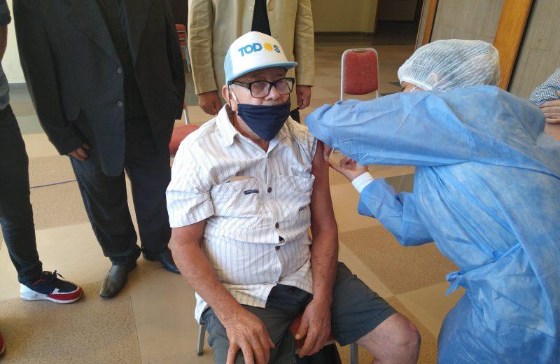 Continúa el operativo de vacunación anticovid en Iguazú