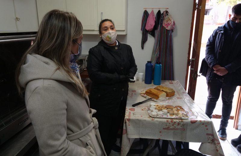 Representantes de la ANMAT visitaron un comercio libre de gluten en Iguazú