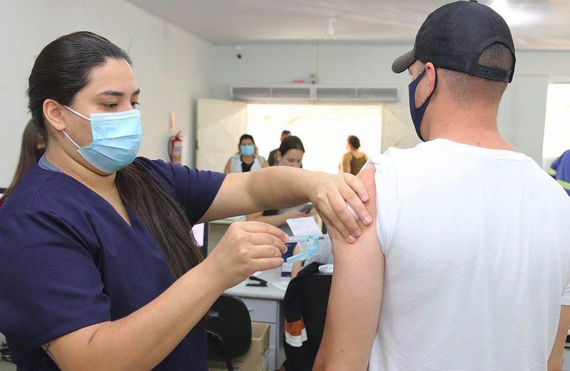 Foz do Iguazú ya tiene 96 por ciento de la población vacunada