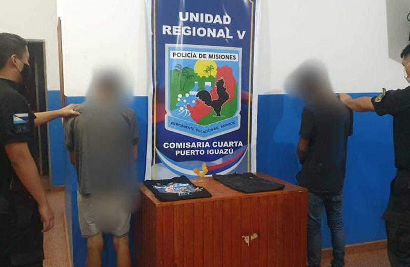 Terminaron detenidos por robar y comercializar prendas de vestir