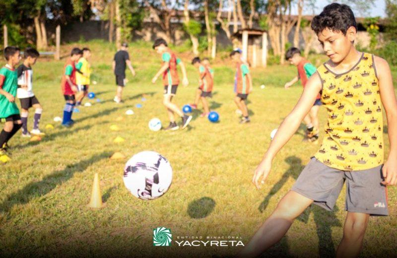 Yacyretá promueve el deporte como herramienta de desarrollo, salud y disciplina.